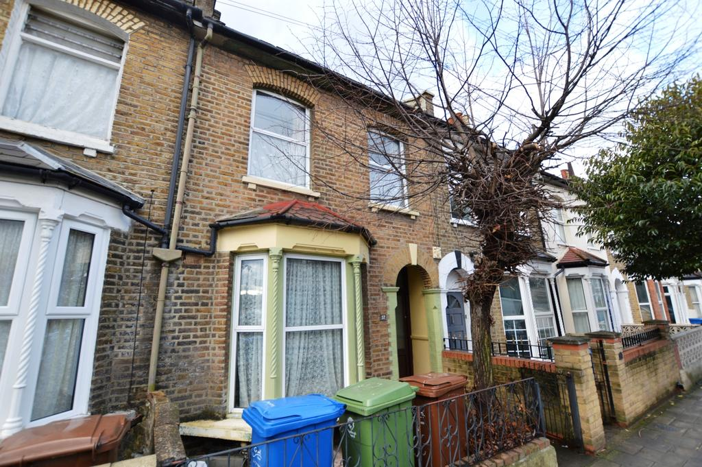 2 Bedrooms Terraced House for sale in Hollydale Road Peckham SE15