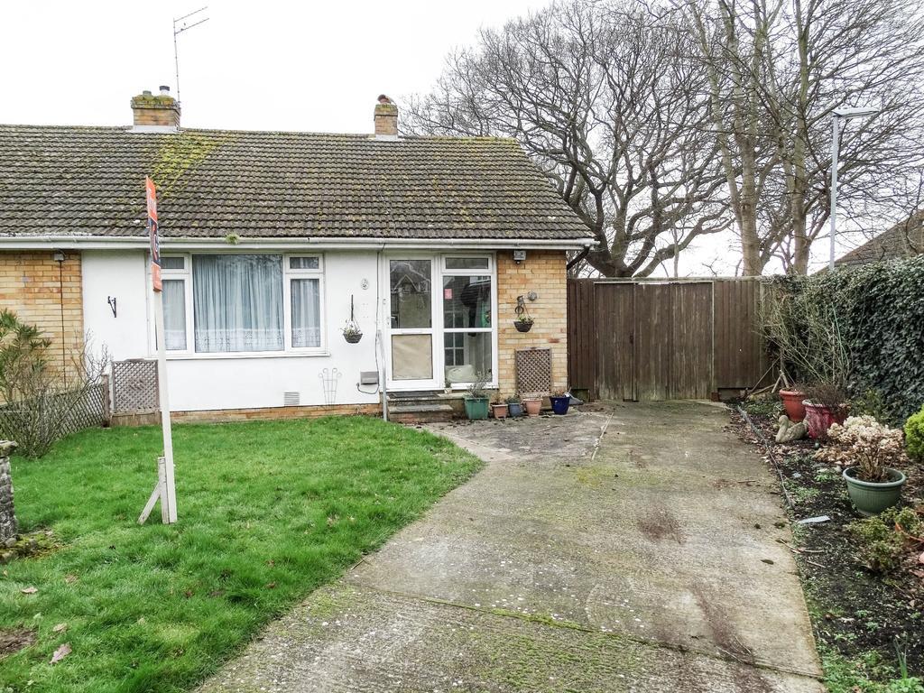 2 Bedrooms Semi Detached Bungalow for sale in Rose Green, Bognor Regis