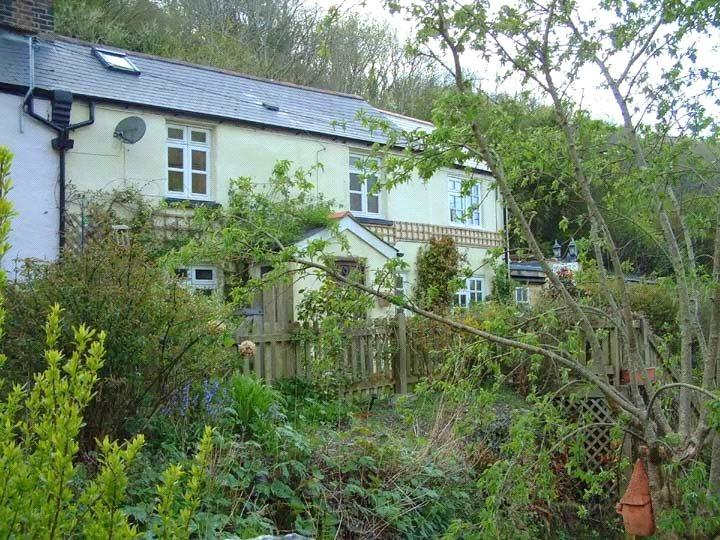2 Bedrooms Semi Detached House for sale in Higher Slade Road, Ilfracombe