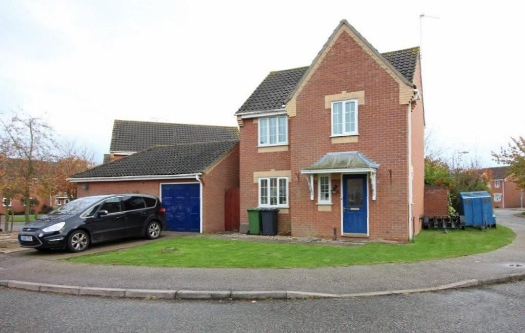 3 Bedrooms Detached House for sale in Wharton Drive, North Walsham