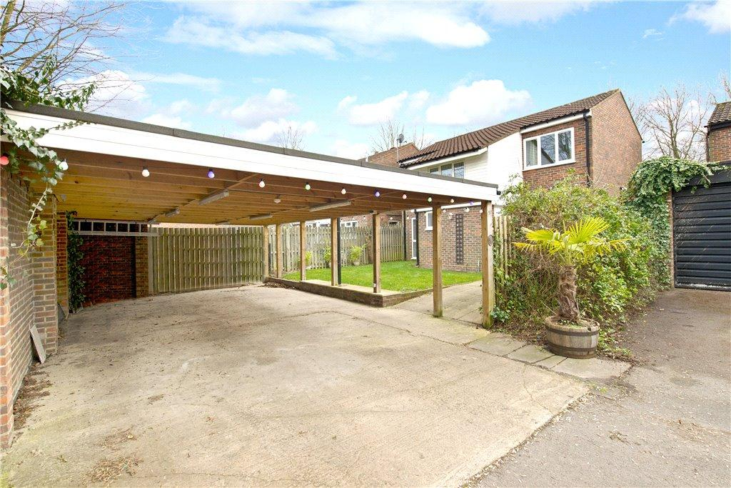 4 Bedrooms Detached House for sale in Latimer, Stony Stratford, Milton Keynes, Buckinghamshire