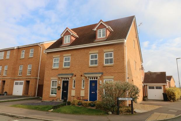 3 Bedrooms Semi Detached House for sale in Jenner Close, Melton Mowbray, LE13