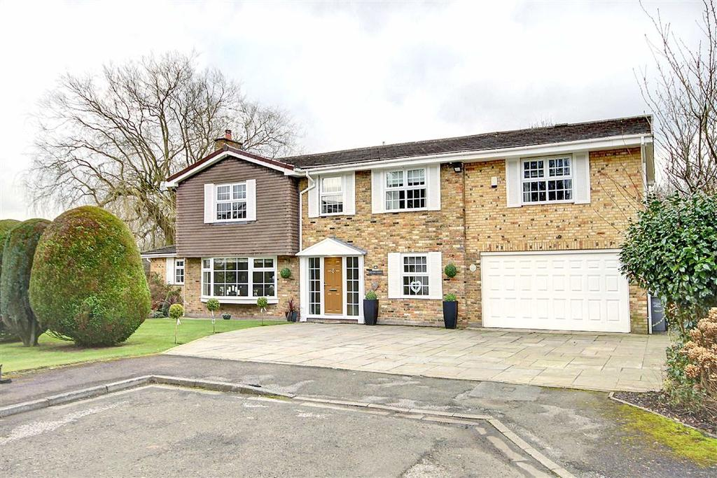 5 Bedrooms Detached House for sale in Pheasant Rise, Bowdon, Cheshire