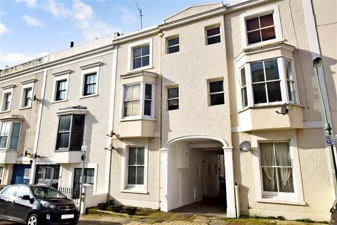 1 bedroom apartment for sale - Farm Road, Hove, East Sussex