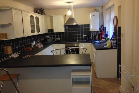 4 bedroom house to rent - Kensington Ave, Victoria Park, Manchester M14