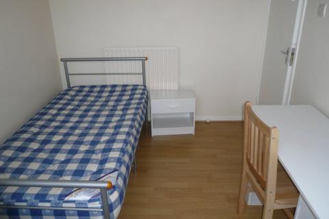 1 bedroom flat share to rent - Stepney Green, Stepney E1