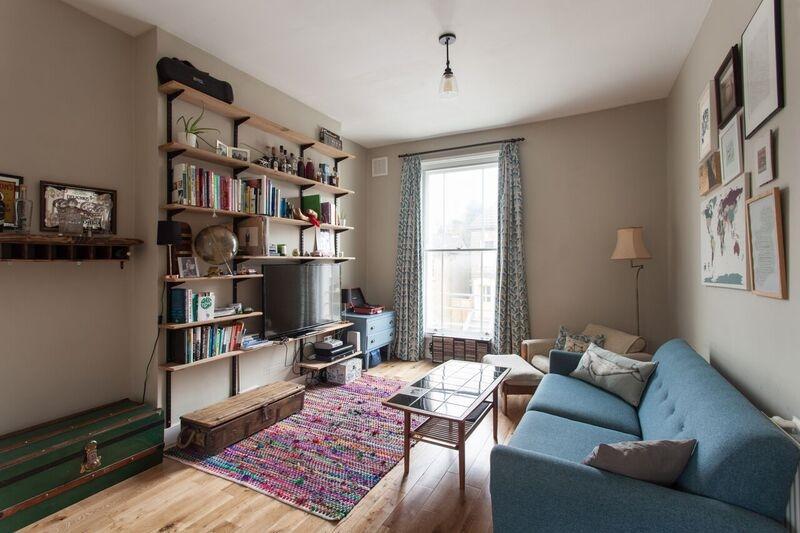 2 Bedrooms Maisonette Flat for sale in Lausanne Road Peckham SE15