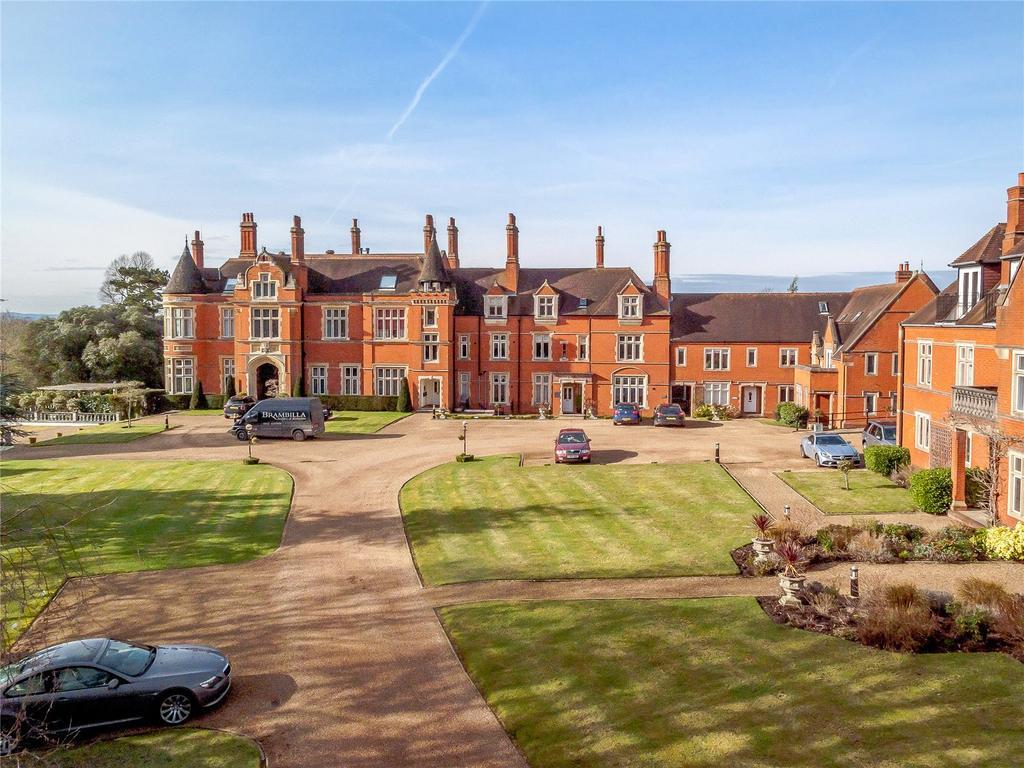 3 Bedrooms Terraced House for sale in Dene Park, Shipbourne Road, Tonbridge, Kent