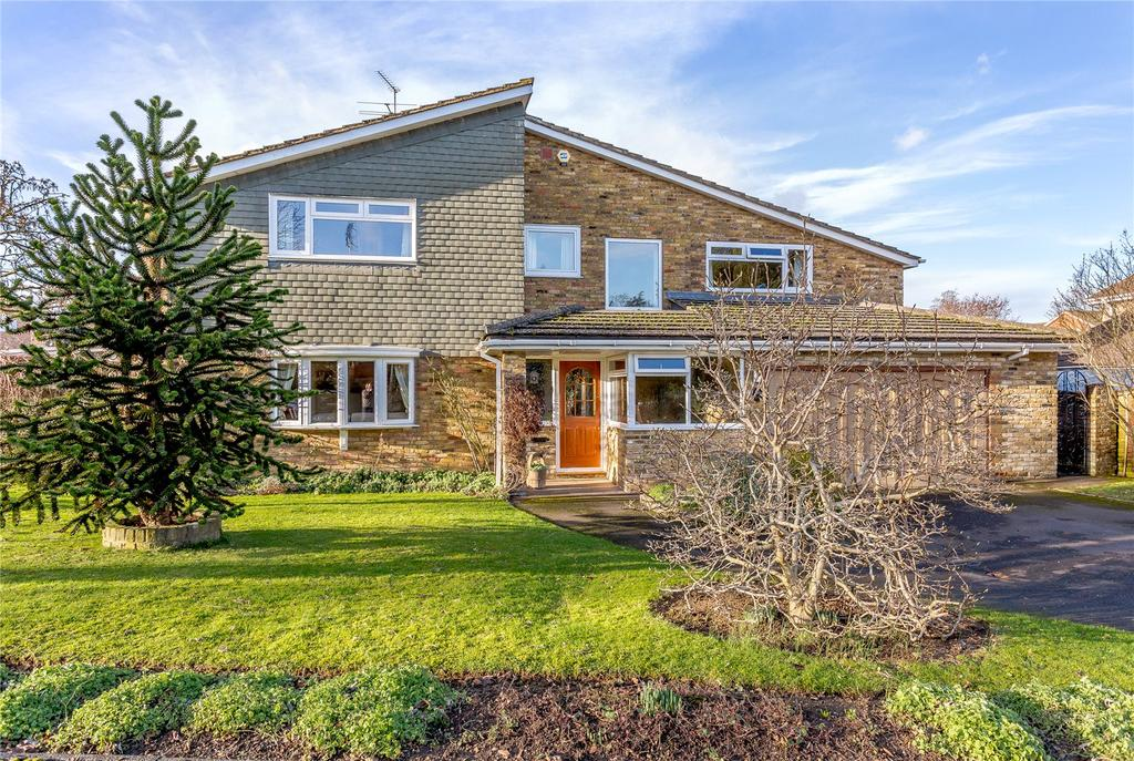 5 Bedrooms Detached House for sale in Netherfield Road, Harpenden, Hertfordshire