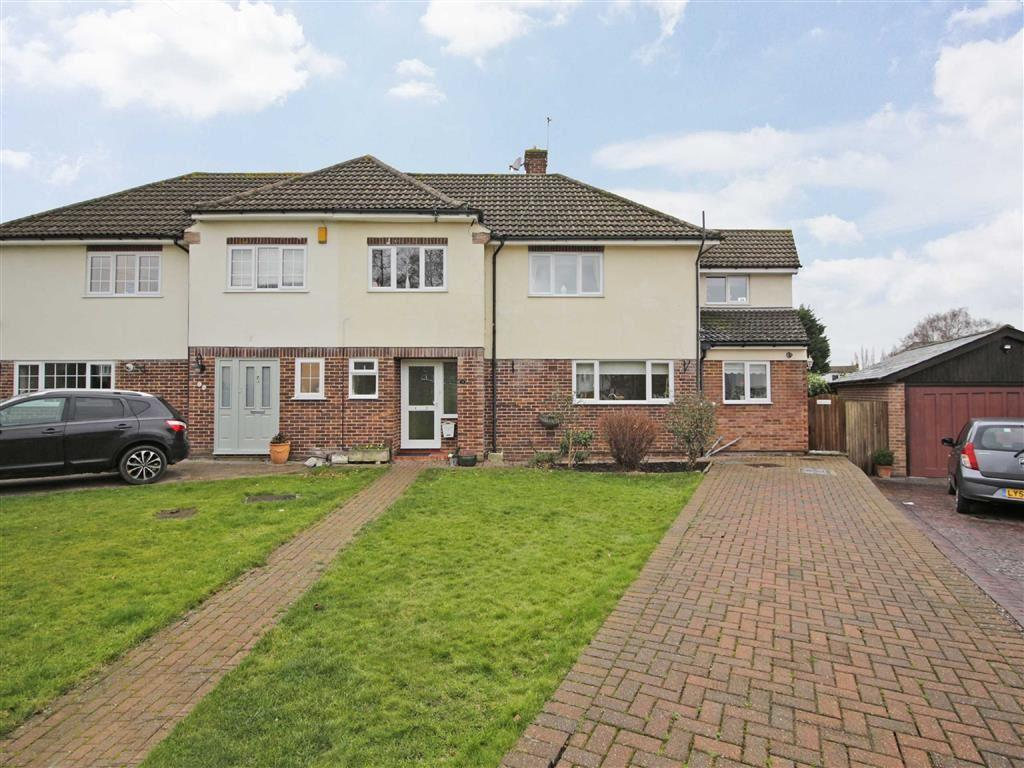 4 Bedrooms Semi Detached House for sale in Barnet Drive, Keston, Kent