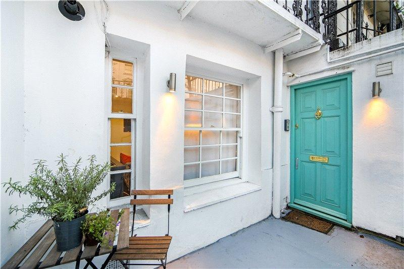 2 Bedrooms Flat for sale in Chepstow Road, London, W2