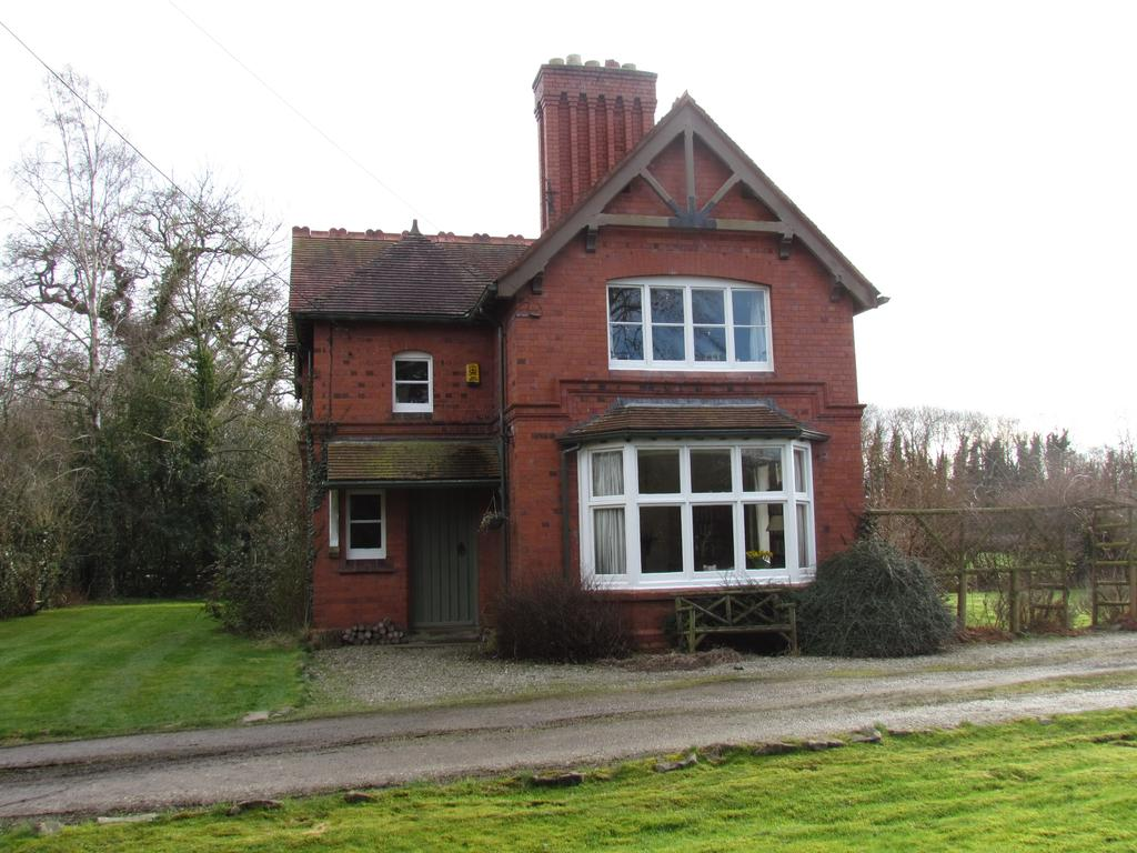 3 Bedrooms Detached House for sale in Hindford, Whittington, Oswestry SY11