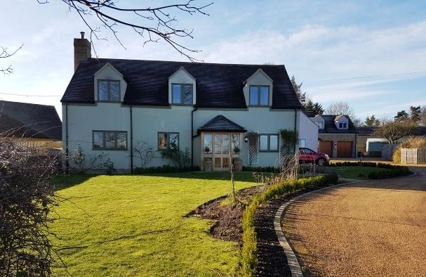 4 Bedrooms Detached House for sale in Oundle, PE8