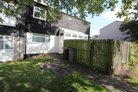 3 bedroom terraced house to rent - Worcester Walk, Marston Green