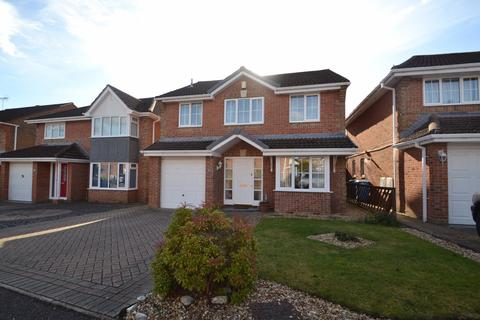 4 bedroom detached house for sale - Canford Heath West