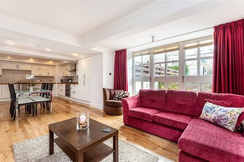 3 bedroom flat for sale - 13A Crawfurd Road, Newington, Edinburgh, EH16