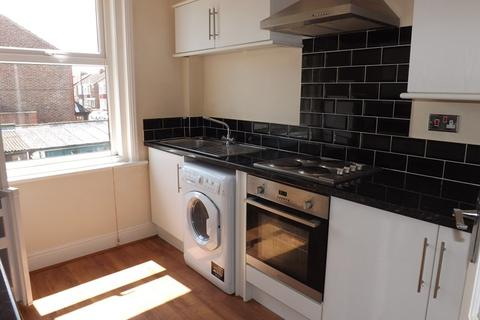 1 bedroom flat to rent - Kirby Road, North End, Portsmouth