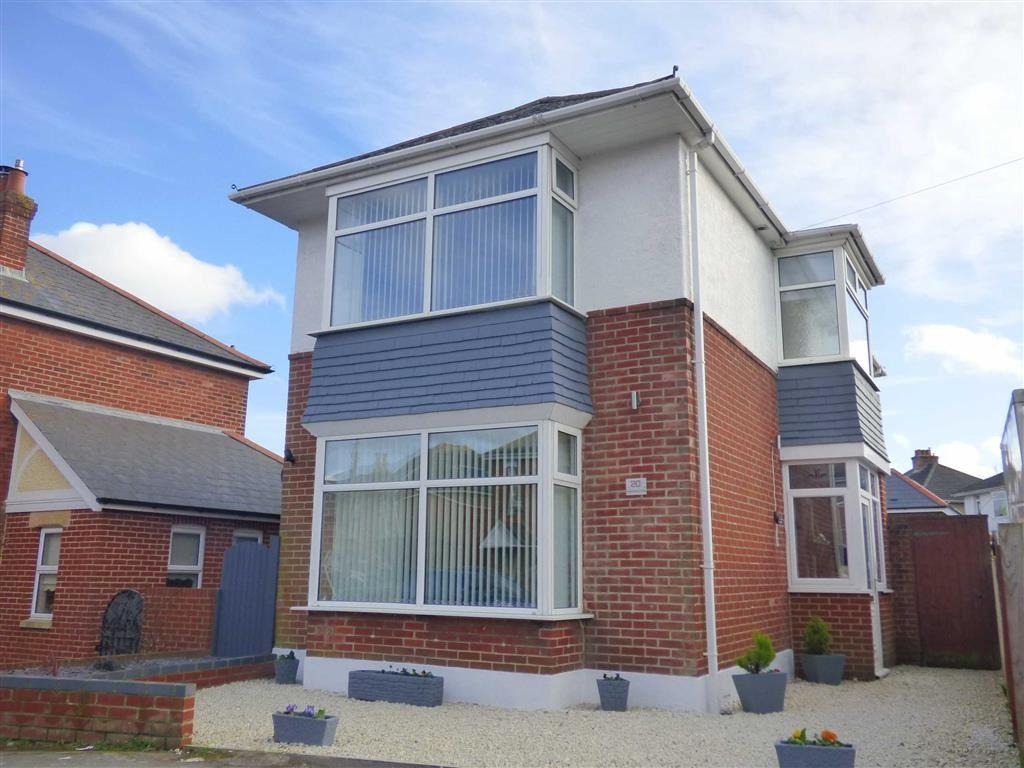 3 Bedrooms Detached House for sale in Nursery Road, Moordown, Bournemouth, Dorset