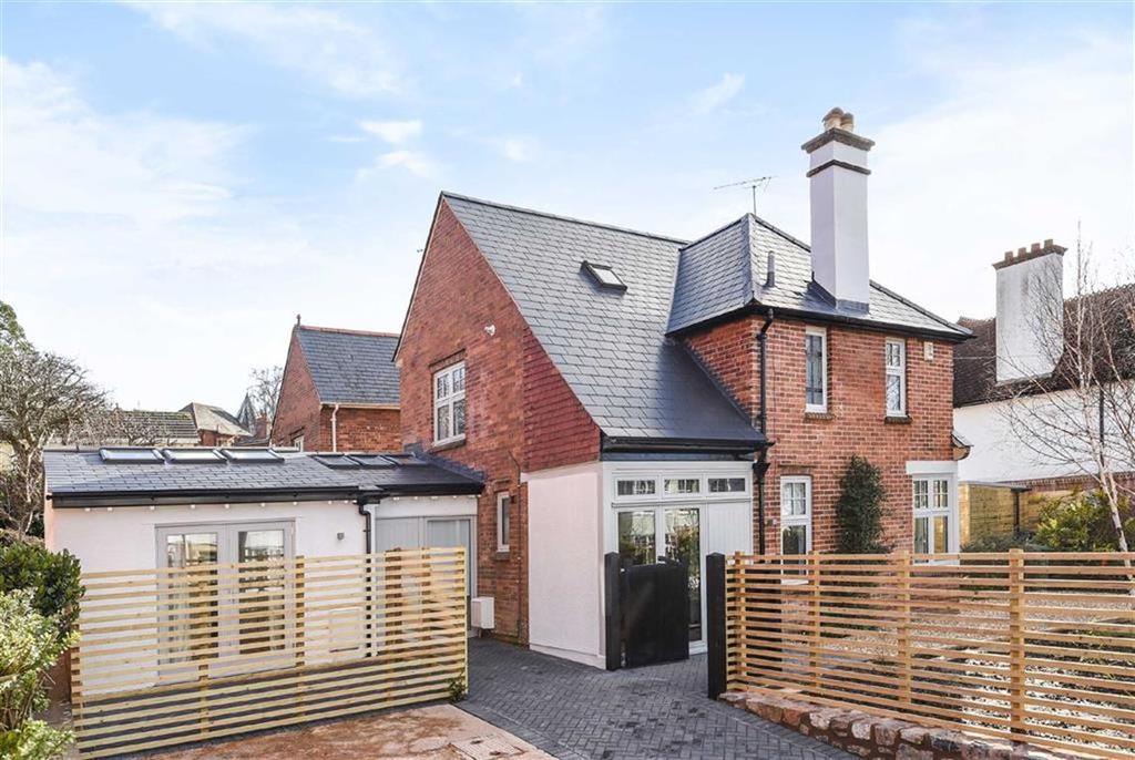 4 Bedrooms Detached House for sale in Denmark Road, St Leonards, Exeter, Devon, EX1