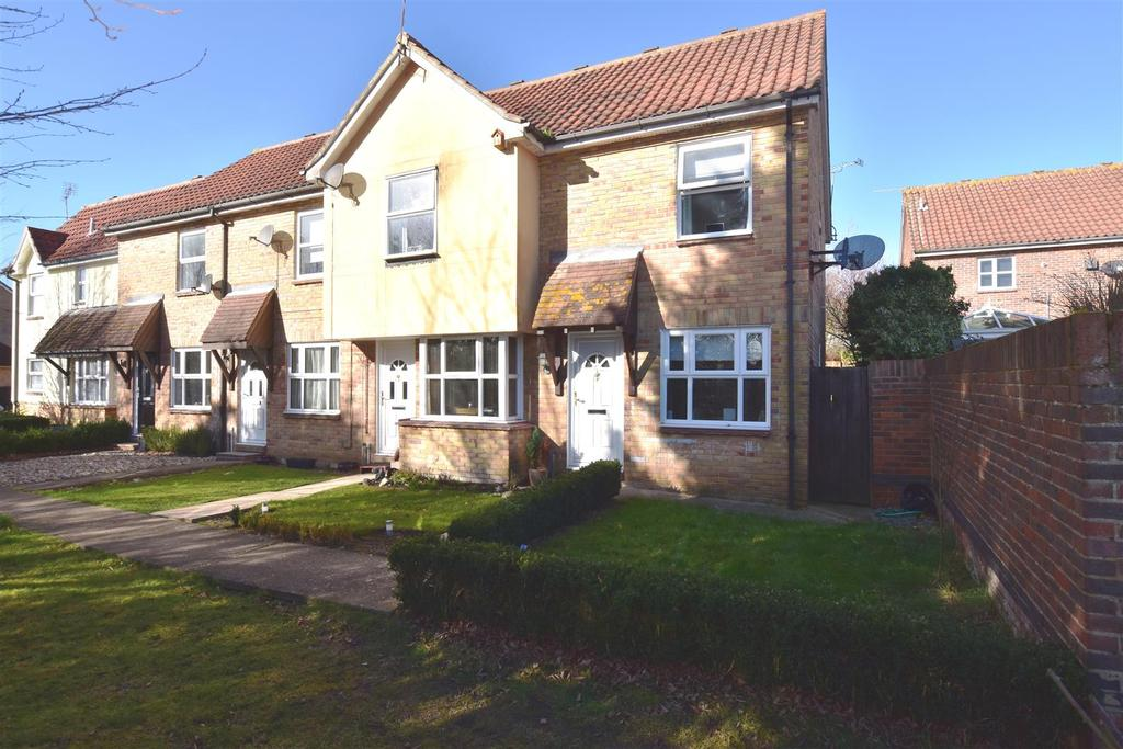 2 Bedrooms End Of Terrace House for sale in Tighfield Walk, South Woodham Ferrers, Chelmsford