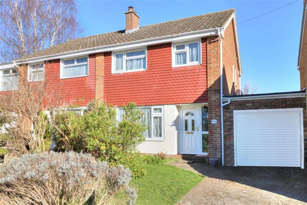3 Bedrooms Semi Detached House for sale in Beresford Close, Chandlers Ford, Hampshire