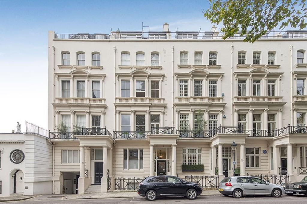 2 Bedrooms Apartment Flat for sale in Rutland Gate, Knightsbridge, SW7