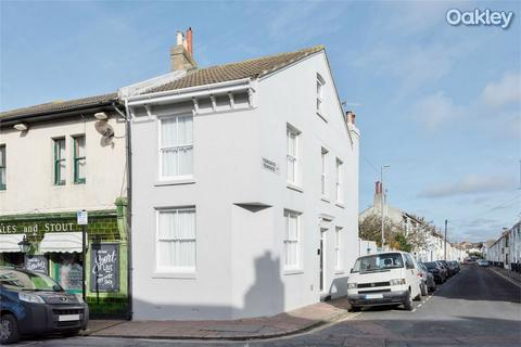 3 bedroom semi-detached house for sale - Albion Hill, Hanover, East Sussex