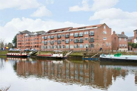 2 bedroom flat for sale - 4 Waterfront House, Clementhorpe, York