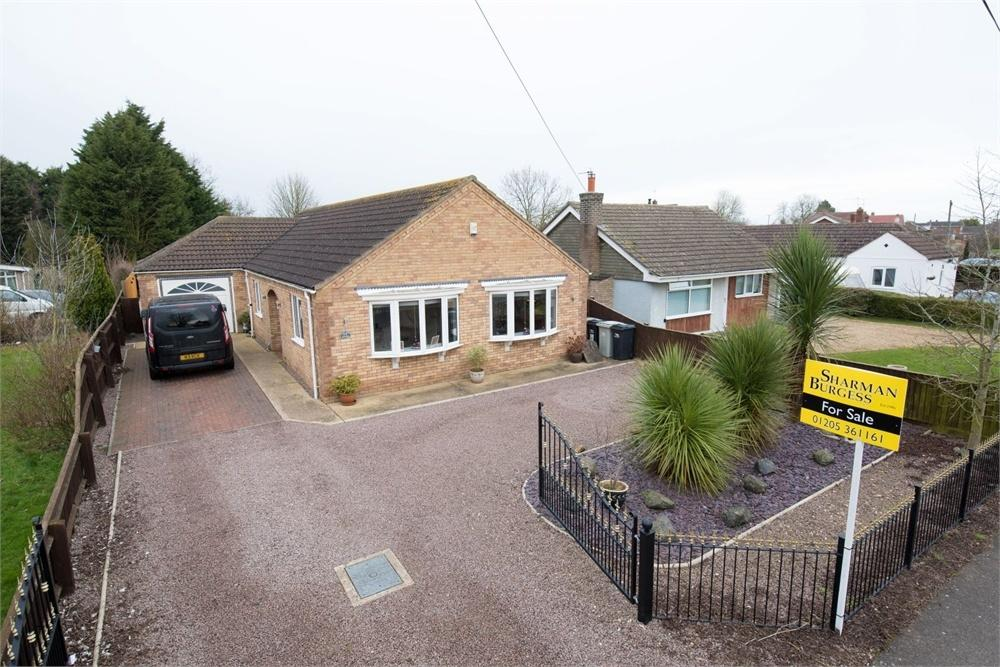3 Bedrooms Detached Bungalow for sale in Littlemoor Lane, Sibsey, Boston, Lincolnshire