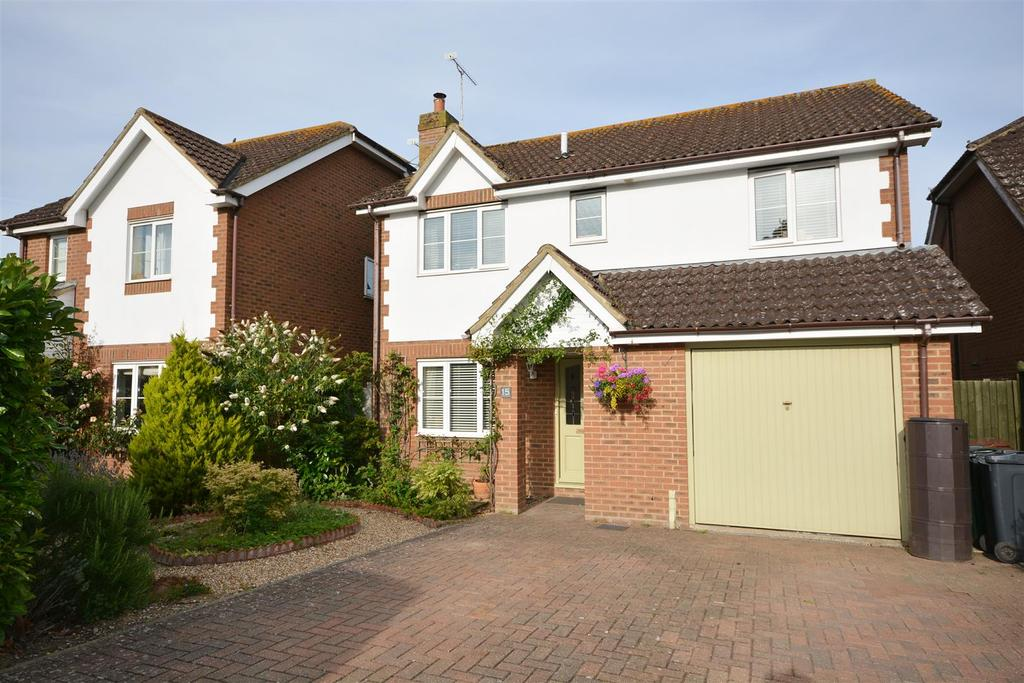 4 Bedrooms Detached House for sale in Little Robhurst, High Halden