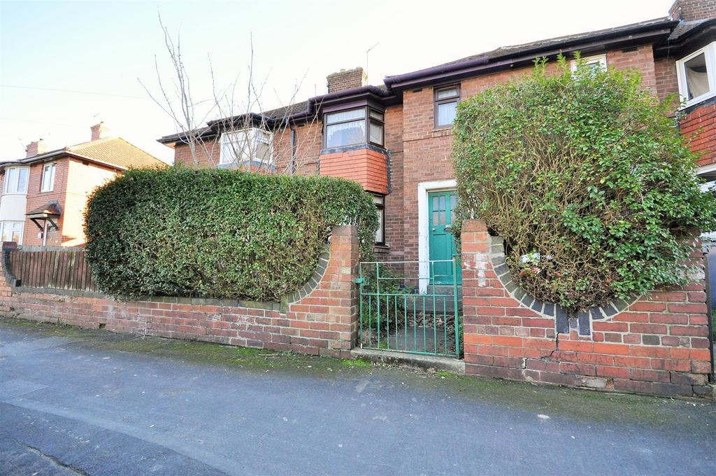 2 Bedrooms Town House for sale in Kingsway North, Clifton, York, YO30 6JB
