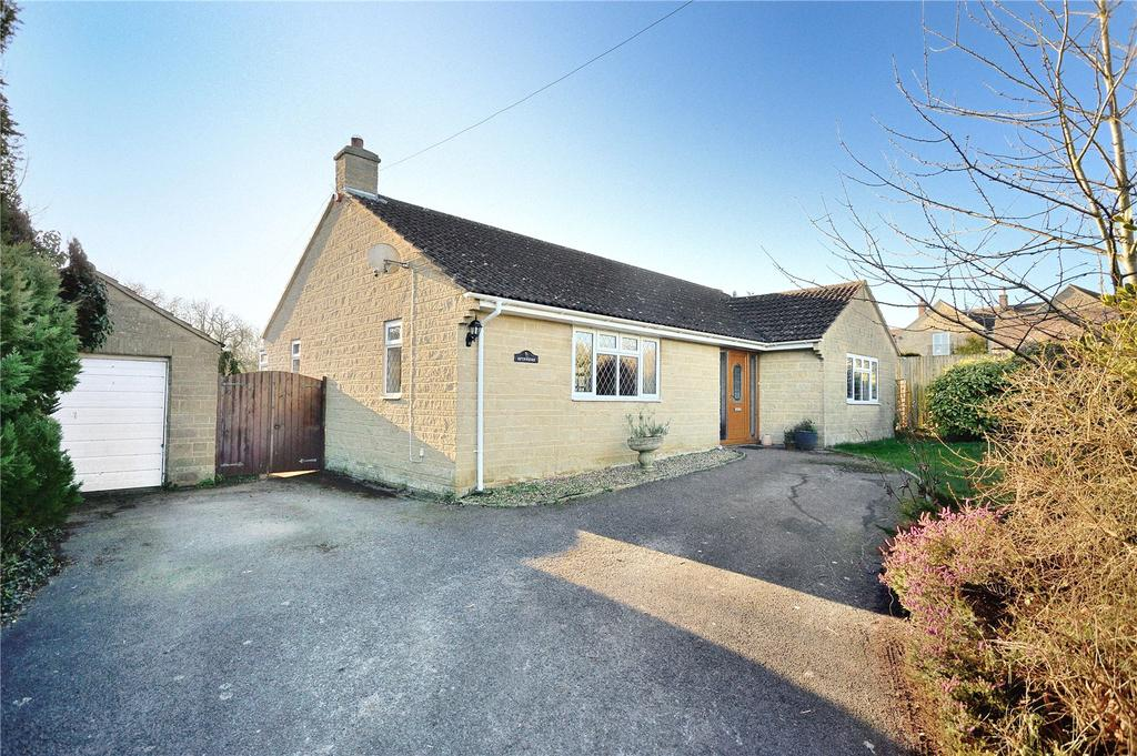 3 Bedrooms Detached Bungalow for sale in Horsington, Templecombe, Somerset