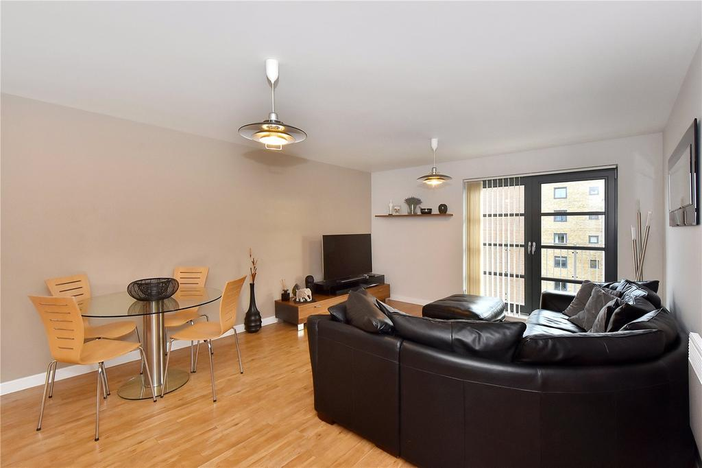 2 Bedrooms Flat for sale in Commercial Road, Limehouse, London