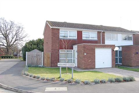 3 bedroom semi-detached house for sale - Roland Close, Broomfield, Chelmsford