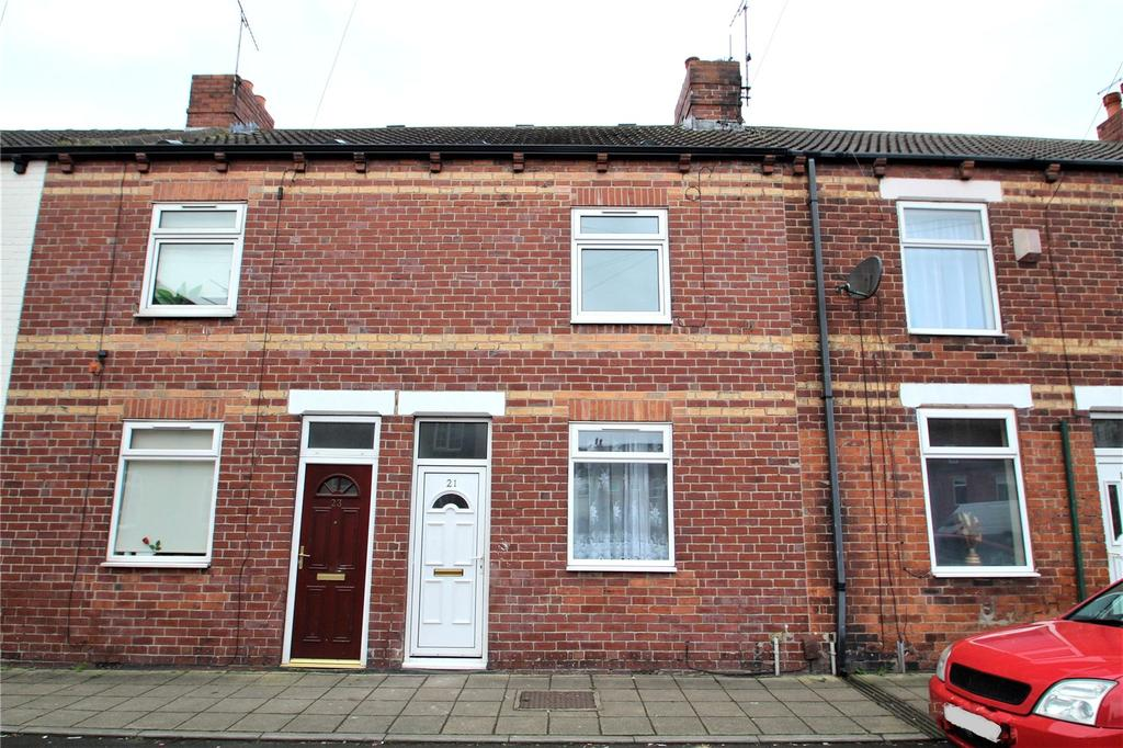 2 Bedrooms Terraced House for rent in King Street, Castleford, WF10