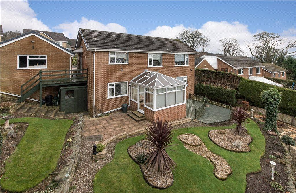 4 Bedrooms Detached House for sale in Woodvale Crescent, Bingley, West Yorkshire