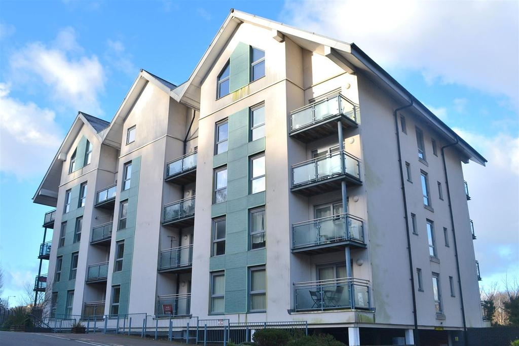 1 Bedroom Apartment Flat for sale in Phoebe Road, Pentrechwyth, Swansea