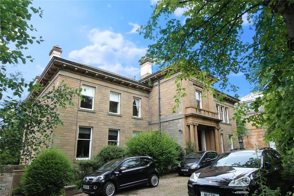 2 Bedrooms Apartment Flat for sale in Flat 2, Cleveden Drive, Cleveden, Glasgow