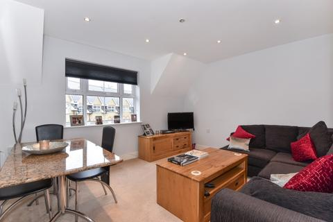 2 bedroom flat to rent - Hayes Grove London SE22