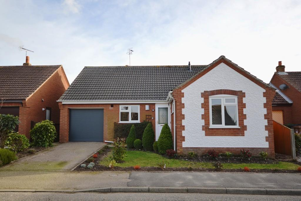 3 Bedrooms Detached Bungalow for sale in Hendrie Road, Holt, Norfolk