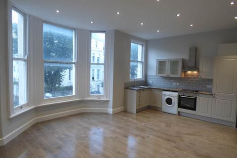 2 bedroom flat to rent - Buckingham Road, Brighton, East Sussex