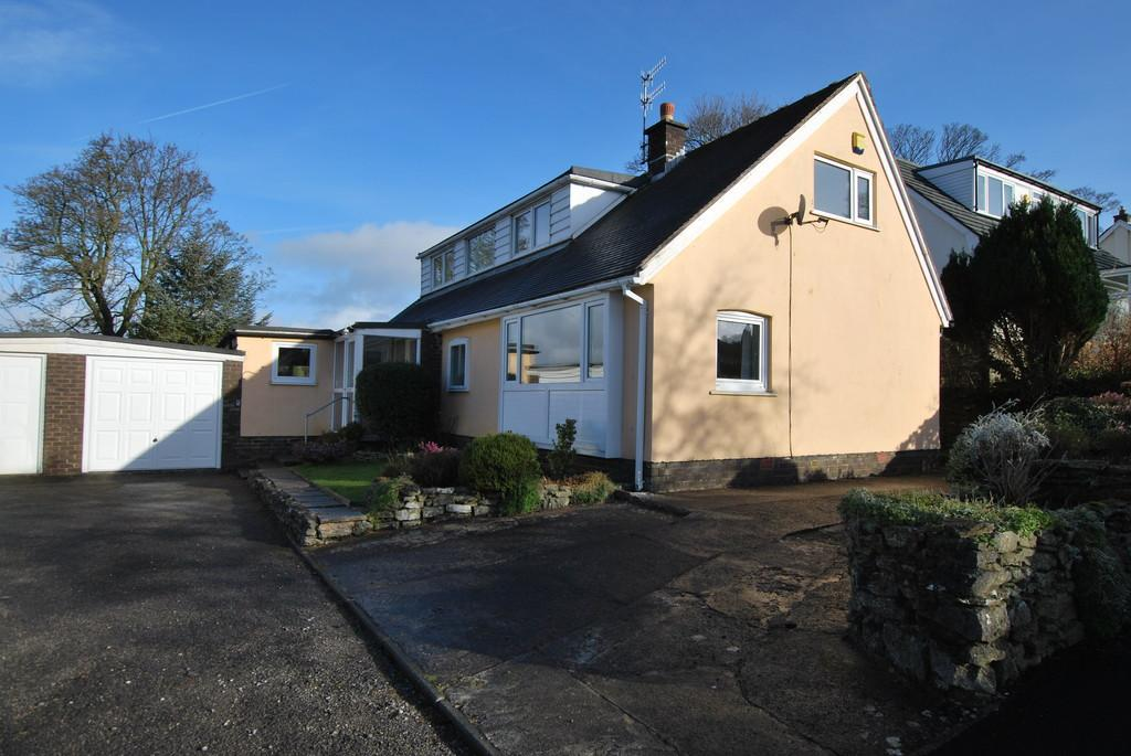 5 Bedrooms Chalet House for sale in Spinney Tree House, 11 Mowbray Drive, Burton, Carnforth, Lancashire, LA6 1NF