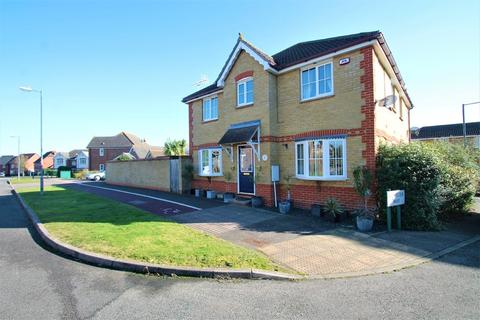 3 bedroom semi-detached house for sale - Quale Road, Chelmsford