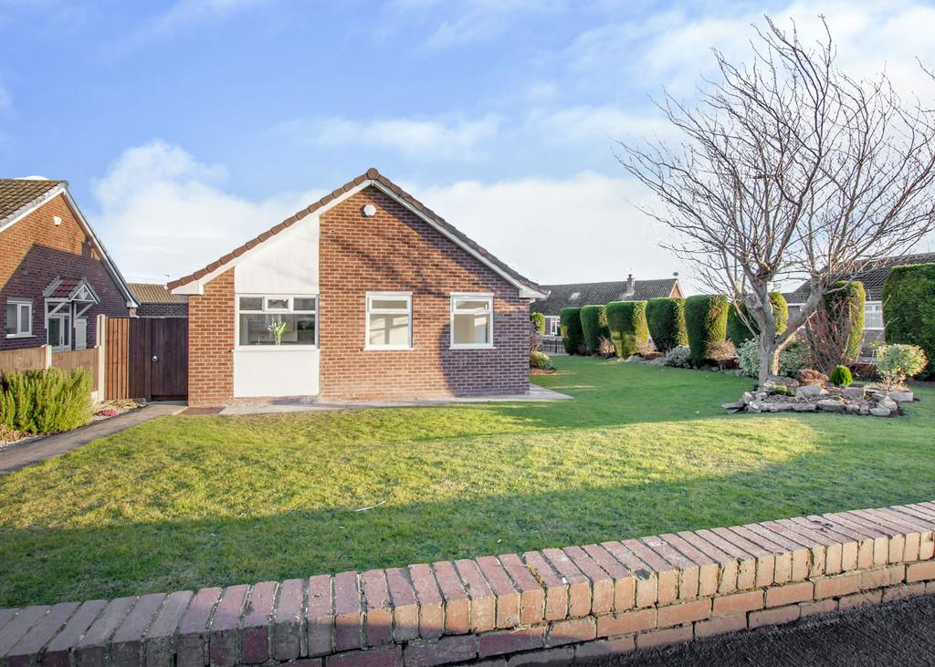 3 Bedrooms Detached Bungalow for sale in St Marys Crescent, Tickhill