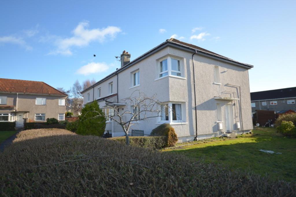 3 Bedrooms Ground Flat for sale in Dumbuie Avenue, Dumbarton G82 2JJ