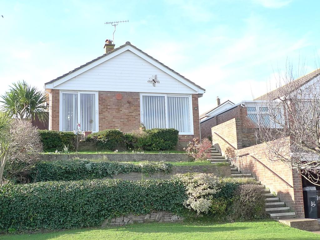 3 Bedrooms Detached Bungalow for sale in Pococks Road, Eastbourne, BN21