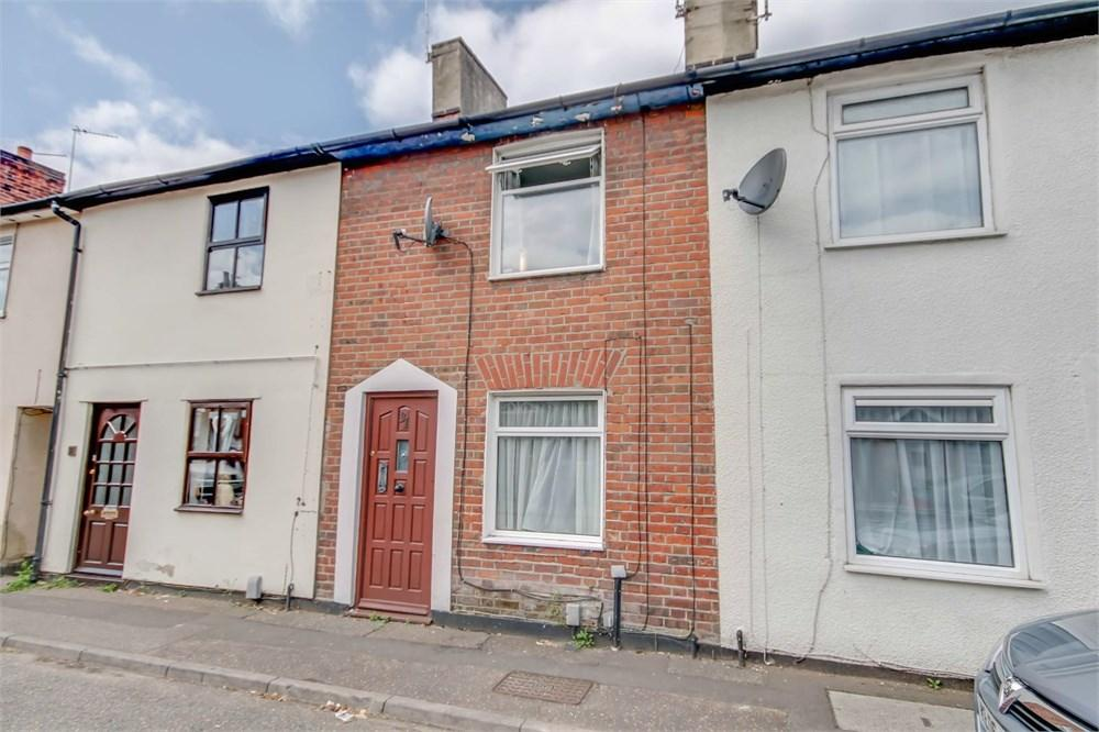 2 Bedrooms Terraced House for sale in Artillery Street, Colchester, CO1