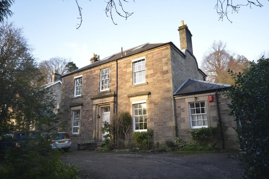 4 Bedrooms Apartment Flat for sale in Henderson Street, Bridge of Allan , Stirling, FK9 4HH