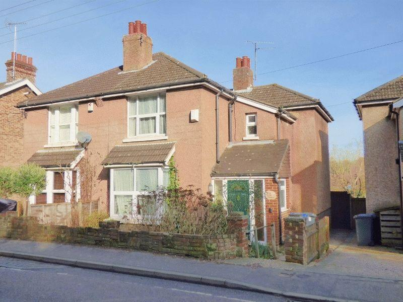 3 Bedrooms Semi Detached House for sale in London Lane, Cuckfield