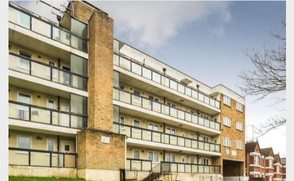 3 Bedrooms Flat for sale in Flat 12,